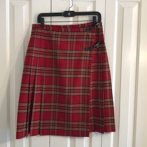 Eddie Bauer size 10 plaid wrap skirt with buckles